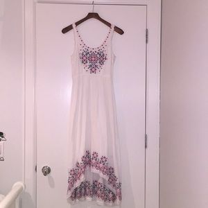 High-low/maxi White Embroidered Dress